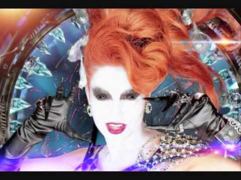 10 leyendas urbanas de los 90's Gloria Trevi