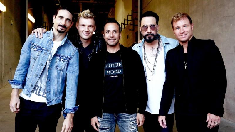 """Los Backstreet Boys se declaran fans de Daddy Yankee y cantan """"Lo que pasó pasó"""""""